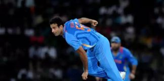 irfan pathan and harbhajan signed in Tamil movies