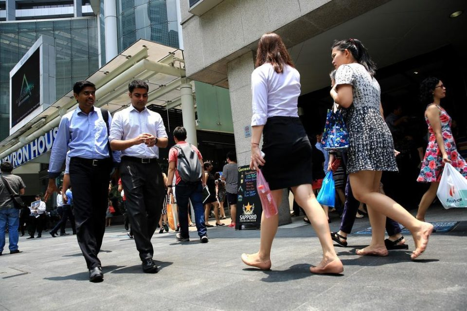 Traineeships, attachments should help workers find permanent jobs after S'pore economy recovers: Chee Hong Tat